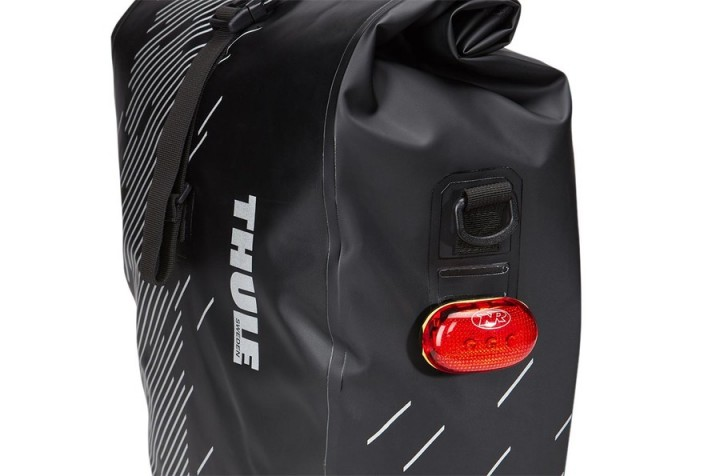 Сумки на багажник велосипеда Thule Shield Pannier S Black